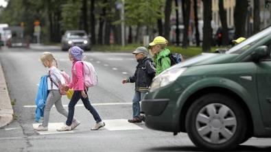 lapset  liikenteessä