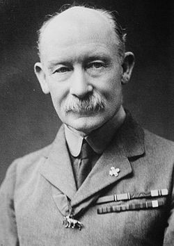 250px-General_Baden-Powell,_Bain_news_service_photo_portrait