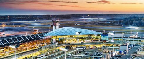 HelsinkiAirport_terminal_outside_evening-1