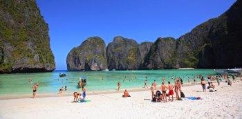 Thaimaa-Phi-Phi-Maya-Bay-TAT