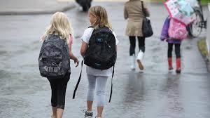 Iskolába megyünk